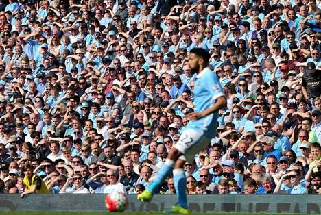 Manchester Cityn puheenjohtaja Khaldoon al Mubarak pitää seuraansa ihanteellisena ympäristönä Pep Guardiolalle.