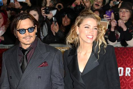 Johnny Depp ja Amber Heard käyvät parhaillaan läpi riitaisaa eroa.