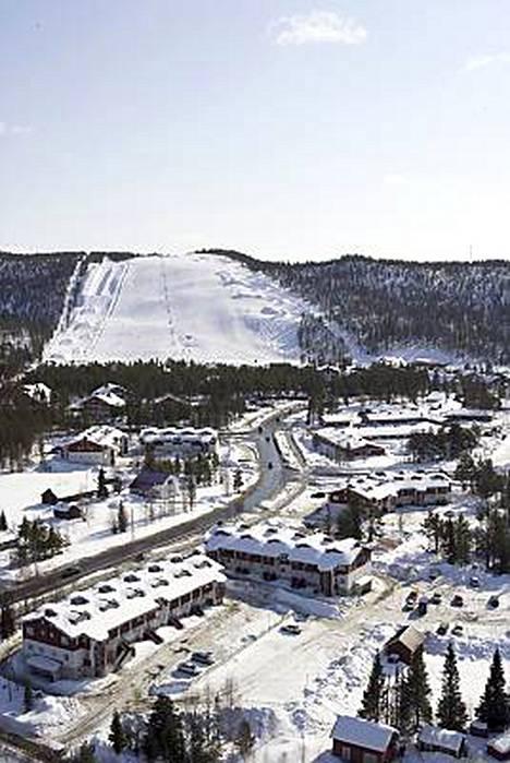 Lapland Hotel Sirkantähti ja lomahuoneistot sijaitsevat lähellä Levin rinteitä.
