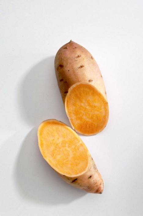 Aterialla kupillisesta bataattia saa sopivan määrän hiilihydraatteja.