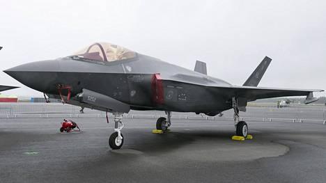 F-35 kuvattuna Turun Lentokerhon järjestämässä tilaisuudessa kesäkuussa 2019.