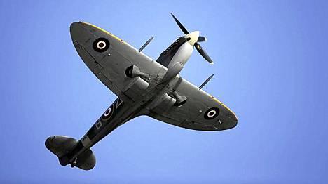 Tämä Old Flying Machine Companyn omistama Spitfire esiintyi Maltalla syyskuun lopussa.