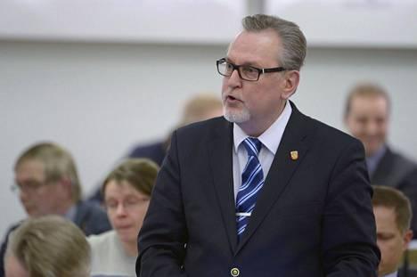 –Aivan käsittämätön joululahja, kansanedustaja Antero Laukkanen (kd) sanoo.