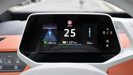 Tutkimus lupailee toivoa niille sähköautoa hamuaville, jotka ovat pitäneet hintaeroa liian suurena vastaaviin polttomoottoriautoihin.