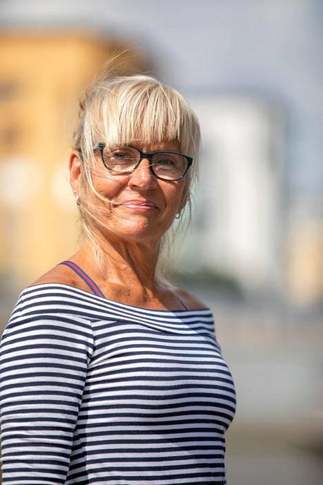 Heidi Höglund on asunut saarella jo 13 vuotta.