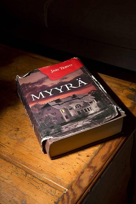 Jari Tervon Myyrä-kirja osoittautui tsunaminkestäväksi.