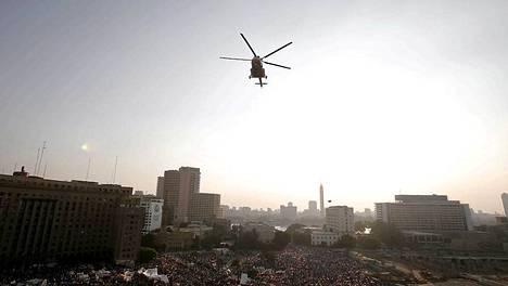 Paikalliset lentokenttäviranomaiset ovat vahvistaneet tiedot, että Mursia ei saa päästä matkustamaan ulkomaille.