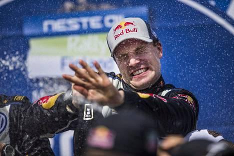 Jari-Matti Latvala on voittanut Suomen MM-rallin kolmesti. Kuva vuoden 2015 juhlista.