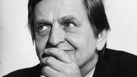 Ruotsin pääministeri Olof Palme murhattiin Tukholman Sveavägenillä 28.2.1986.