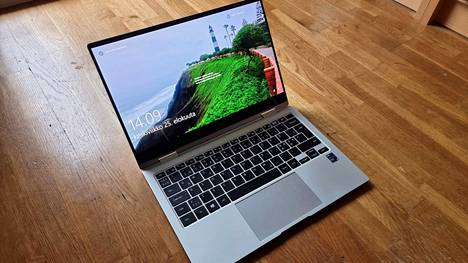 Samsung Galaxy Book Pro 360 on kannettava tietokone ja tabletti.