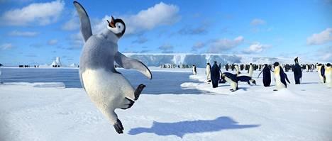 Keisaripingviini Mumble rakastaa tanssimista.