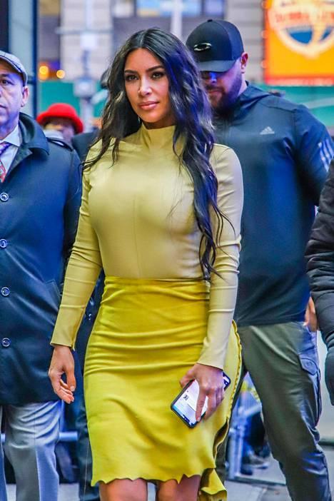 Kim Kardashian kuvattuna helmikuussa New Yorkissa.