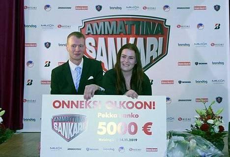Pekka Lanko lahjoitti 5000 euron palkintosummasta sääntöjen määräämät puolet eli 2500 euroa hyväntekeväisyyteen auttaakseen Lapin keskussairaalan syöpälasten yksikköä.