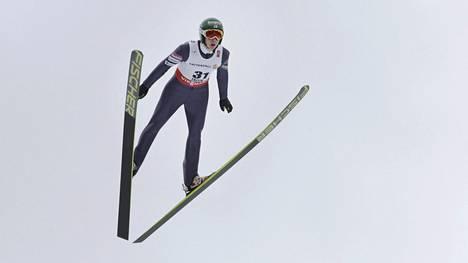 Ilkka Herola oli hyppyosuuden jälkeen paras suomalainen.