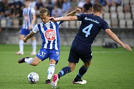 HJK:n Atomu Tanaka taisteli tiistaina Malmön Niklas Moisanderia vastaan. HJK tiedotti perjantaina, että Tanaka on sivussa loppukauden ajan.