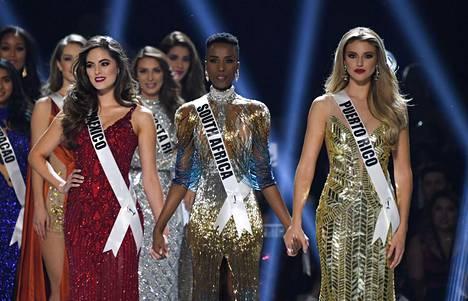 Miss Meksiko Sofia Aragon, Miss Etelä-Afrikka Zozibini Tunzi ja Miss Puerto Rico Madison Anderson muodostivat kärkikolmikon.