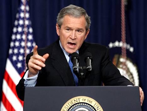 Presidentti George W. Bush päätti Saudi-Arabian kansalaisia koskevan tutkintamateriaalin salaamisesta.