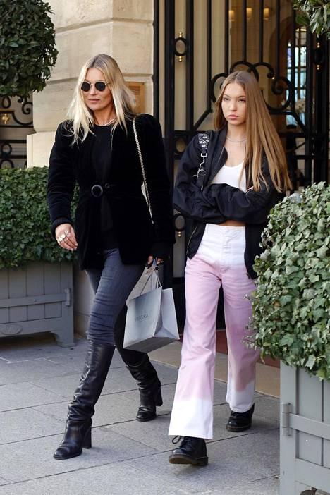 Moss ja Lila-tytär tammikuussa 2020.