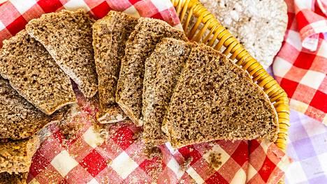Leipä on yksi niistä tuotteista, jota voi mennä yllättävän paljon biojätteeseen.