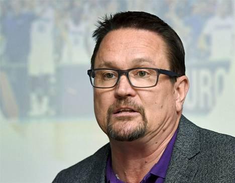 Koripalloliiton toimitusjohtaja Ari Tammivaara olisi toivonut, että koripallokentän ja ulkokuntosalin yhteiselo olisi ollut mahdollista.