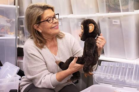 Kirsi Sirenille yksi tärkeimmistä ohjelmistossa olleista esityksistä oli Simpanssiveljeni Bruno. Se perustuu tosi tarinaan amerikkalaisen viittomakielen oppineeseen Washoe-simpanssiin, jota Siren jopa lähti katsomaan Yhdysvaltoihin.