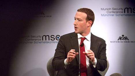 Facebookin Mark Zuckerberg on yrittänyt neuvotella EU:n kanssa siitä, missä määrin yhtiö on vastuussa yhteisöpalvelussa julkaistusta sisällöstä.
