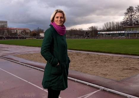 Katrin Krabbe asuu yhä synnyinkaupungissaan Neubrandenburgissa.