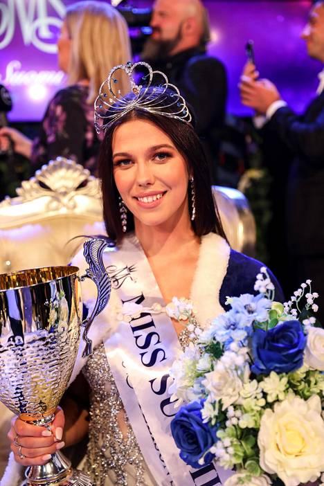 Viivi Altonen Miss Suomi -finaalissa syyskuussa.