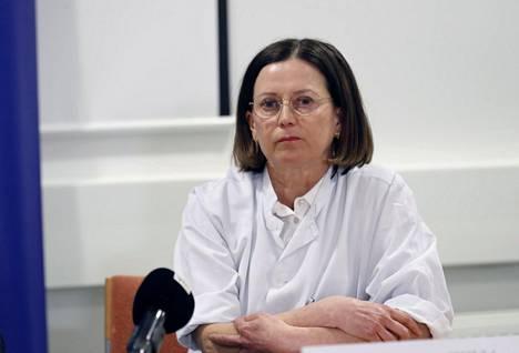 Pirkanmaan sairaanhoitopiirin osastonylilääkäri Jaana Syrjänen.