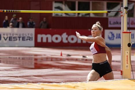 Mikkelin Kilpa-Veikkojen Jessica Kähärä osallistuu EM-kisoissa korkeushyppyyn ja kolmiloikkaan.