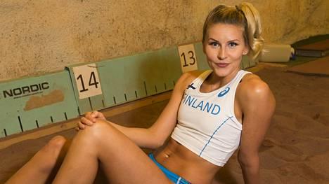 Kolmiloikkaaja Kristiina Mäkelä valmentaa tällä hetkellä itse itseään.