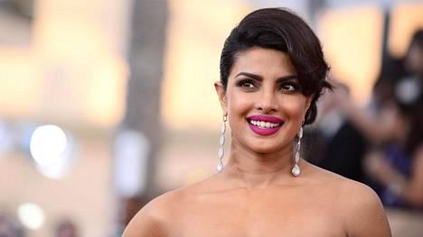 Priyanka Chopra on pääosassa Nelosen Quantico-sarjassa.