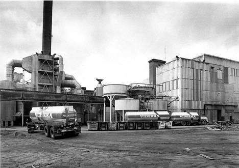 Tältä Outokummun kuparisulatto ja rikkihappotehdas Harjavallassa näyttivät vuonna 1986.