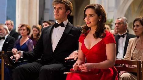 Lou (Emilia Clarke) saa pestin rikkaasta perheestä, kun hänet pestataan neliraajahalvautuneen Willin (Sam Claflin) hoitajaksi.