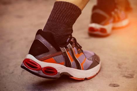 Hyvä taso olisi noin 8 000 askelen verran liikkumista päivittäin.