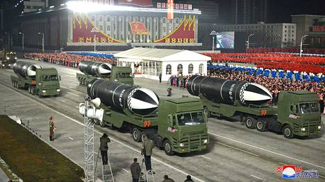 Uutistoimisto Reuters kertoo KCNA:n yksilöineen ohjustyypin Pukguksong-5:ksi.
