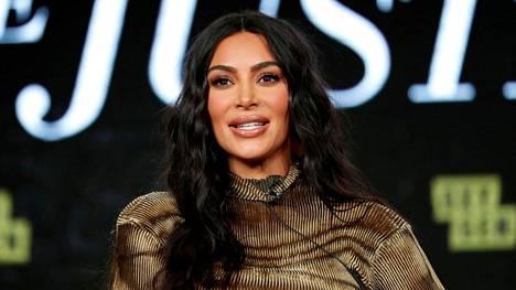 Seksivideo toi Kardashianin perheen tv-sarjalle rutkasti ilmaista julkisuutta.