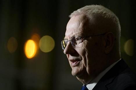 Nykyään Euroopan yleisurheiluliiton puheenjohtajana toimiva Svein-Arne Hansen suuttui Patrik Sjöbergin syytöksistä.