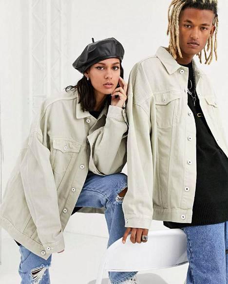 Collusionin unisex-takkeja saa eri väreissä ja koossa XXS–XXL, 48,99 €, Asos.
