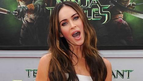 Megan Fox palkittiin Razziella roolisuorituksestaan Teenage Mutant Ninja Turtles -elokuvassa.