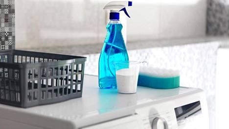 Monet pesevät pyykinpesukoneen vain kerran vuodessa, mutta kotisiivooja muistuttaa pesemään pesukoneen huomattavasti useammin.