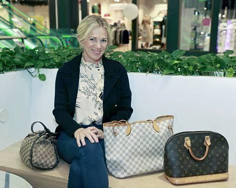 Katja Weiland-Särmälän mukaan laukun hankinnassa tulisi painaa sekä sen käyttöarvo että arvon säilyminen. Tällaiset äidiltä tyttärelle -laukut ovat myös kestävän kuluttamisen näkökulmasta hyviä vaihtoehtoja.