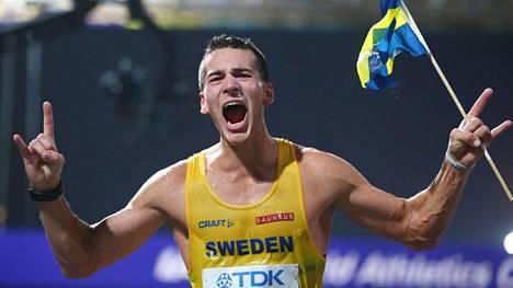 Perseus Karlström juhli pronssia.