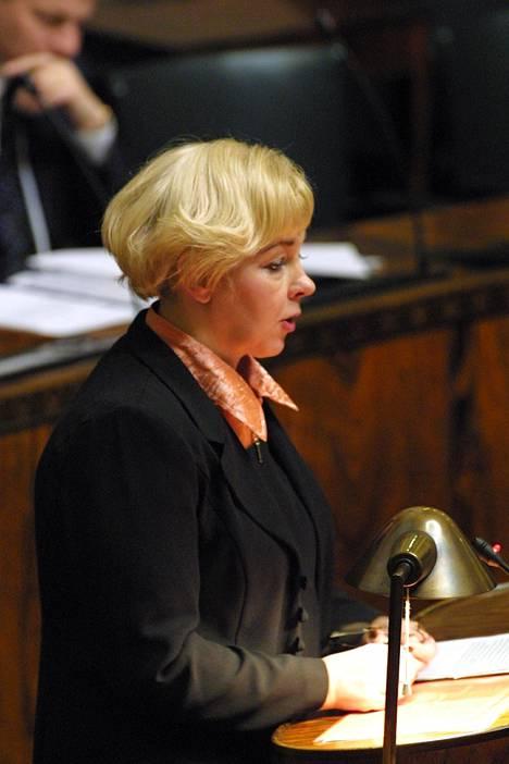 Marja-Liisa Tykkyläinen oli kansanedustajana 1983-2003. Kuva vuodelta 2001.