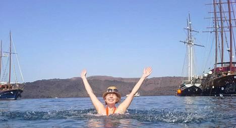Ilmainen loma Santorinilla maistui hyvin.