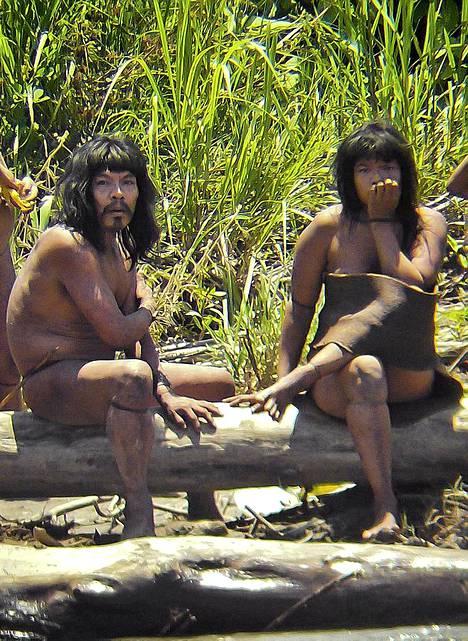 Mascho-Piro-intiaaniheimo on yksi noin sadasta alkuperäiskansasta, jotka elävät ilman kosketusta heitä ympäröivään maailmaan.