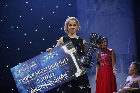 Alisa Vainio valittiin Vuoden nuoreksi urheilijaksi Urheilugaalassa tammikuussa 2016.