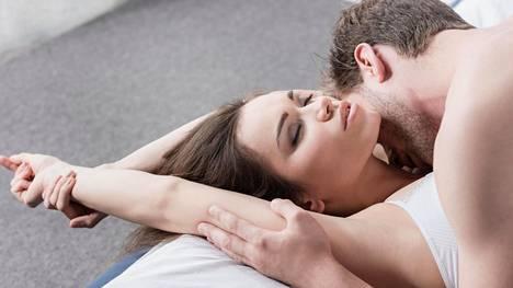 Miehet innostuivat muistelemaan ikimuistoisimpia seksikokemuksiaan avoimin mielin.
