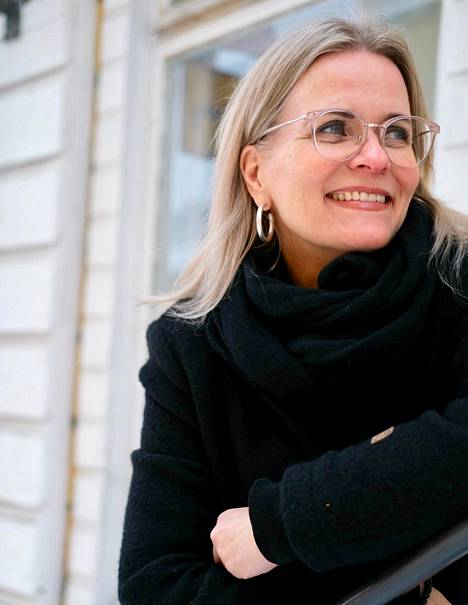 Hyvää seksiä voi olla kaikenlainen seksi, ja sitä voi kokea niin pitkässä suhteessa kuin yhden illan kohtaamisessakin, sanoo seksuaaliterapeutti Maria Linkoaho-Nordling.