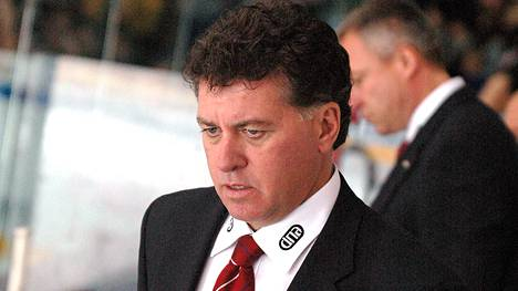Doug Shedden valmensi HIFK:ta 2005–2006.